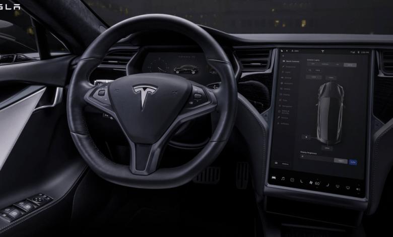 Photo of Netflix i YouTube w samochodach Tesli. Auto kino domeną przyszłości