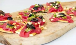 crackers met carpaccio recept