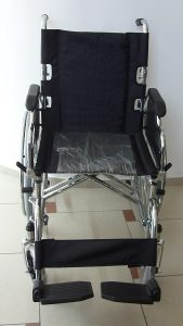 Инвалидна количка удобна за транспортиране-чупеща се облегалка
