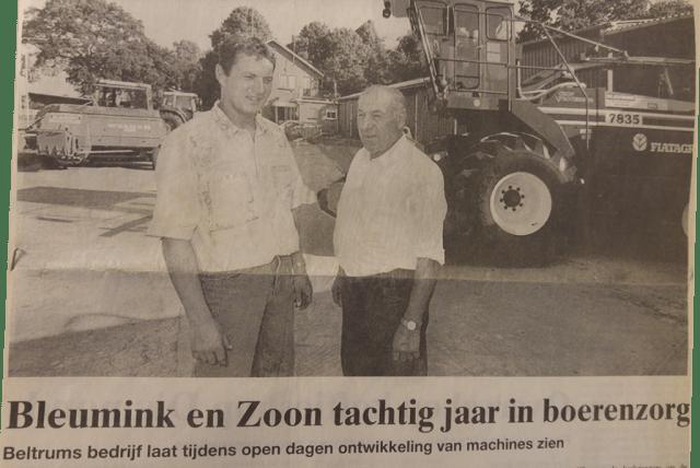 Loonbedrijf Bleumink bestaat 80 jaar. Hier staan Theo en Jan Bleumink afgebeeld (tweede en derde generatie).