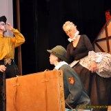 Turbulente Inszenierung des Theaterstückes Der nackte König von Jewgeni Schwarz sorgt für helle Begeisterung im Reichenbacher Neuberinhaus