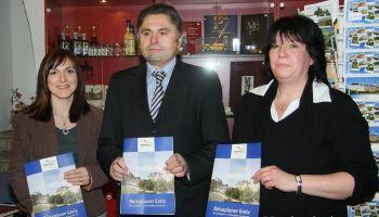 6000 Reiseplaner mit Gaststätten- und Gastgeberverzeichnis erschienen.
