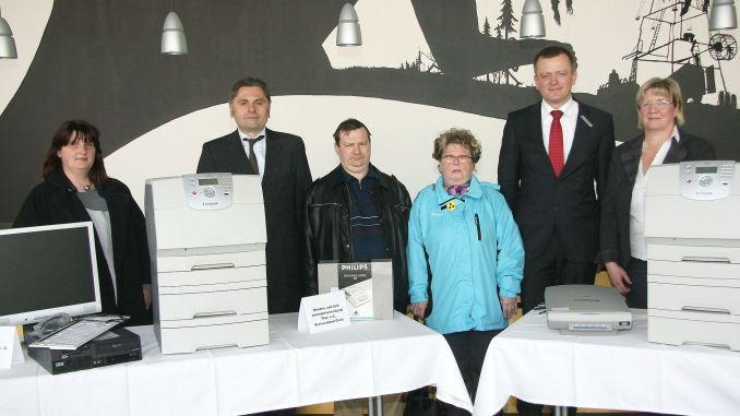 Drei Greizer Vereine bekamen von Sparkasse Gera-Greiz technische Geräte