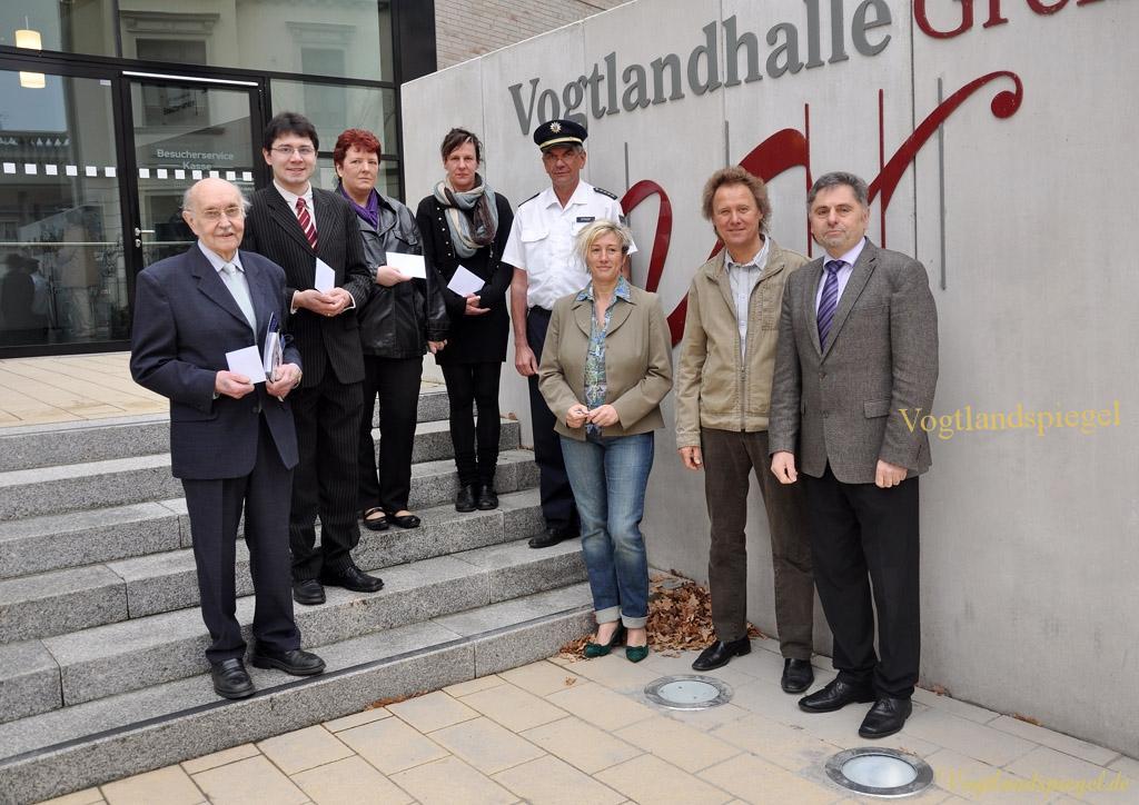 Vier Greizer Vereine erhalten Spende aus Erlös des Weihnachtskonzertes des Thüringer Polizeimusikkorps