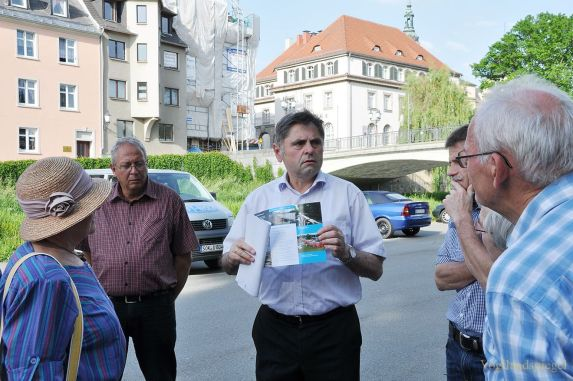 Hochwasserschutz im Focus bei Neustadtrundgang mit Bürgermeister Grüner