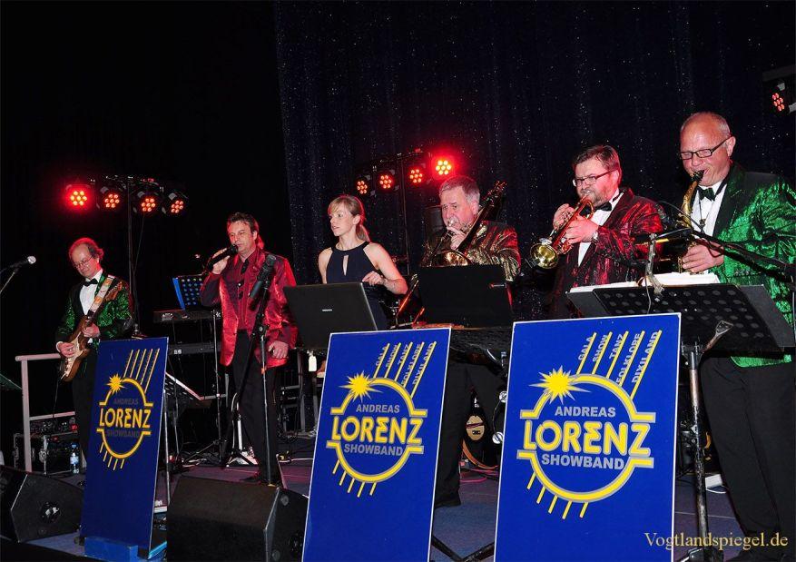 Stimmungsvoller Frühlingsball mit der Andreas-Lorenz-Showband