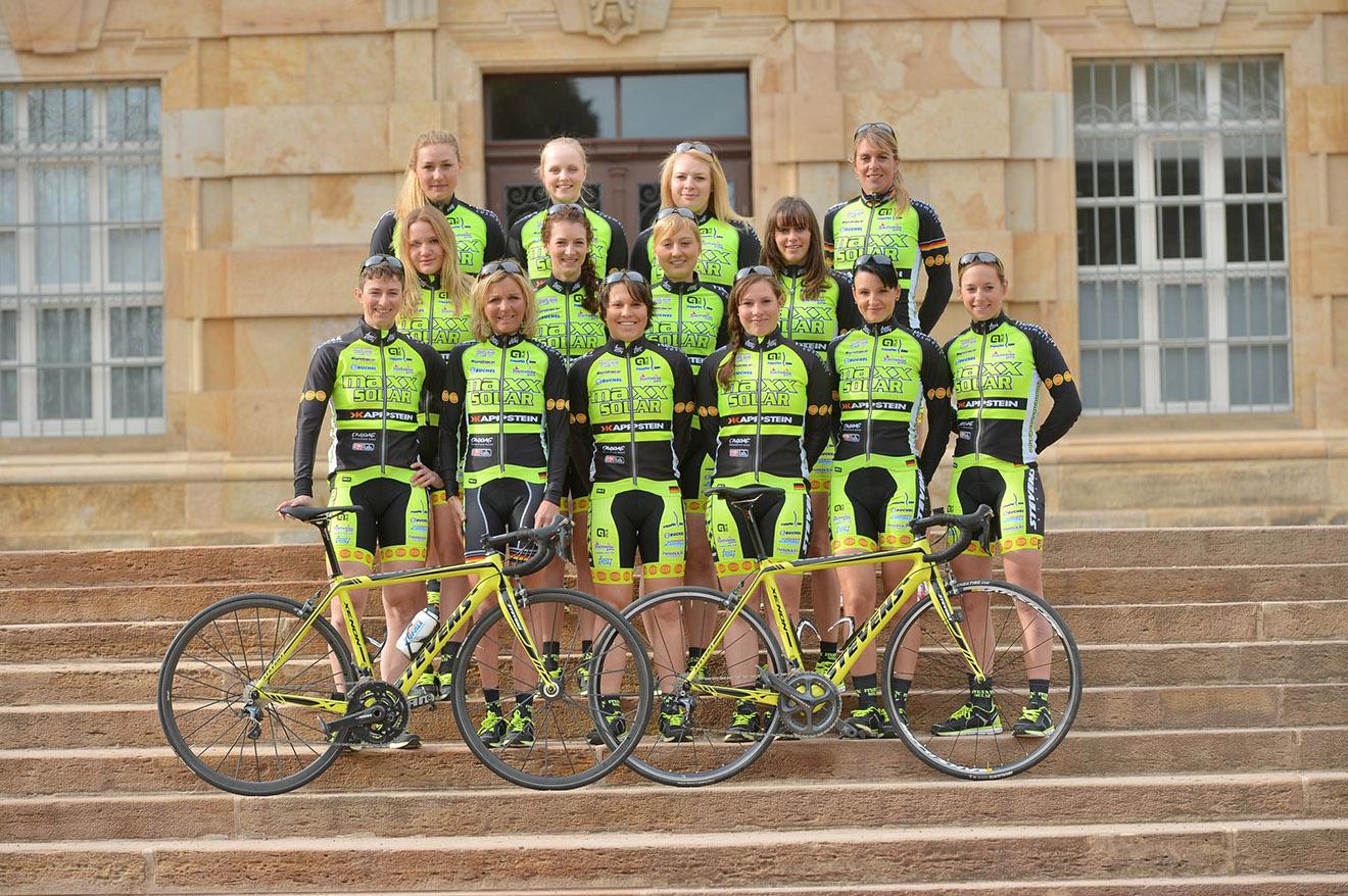 MAXX-SOLAR WOMEN CYCLING TEAM