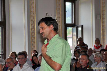 Sven Langheinrich meldet sich in der Diskussion zu Wort.