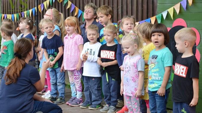 """Fröhliches Kindergartenfest in der Kita """"Geschwister Scholl"""""""