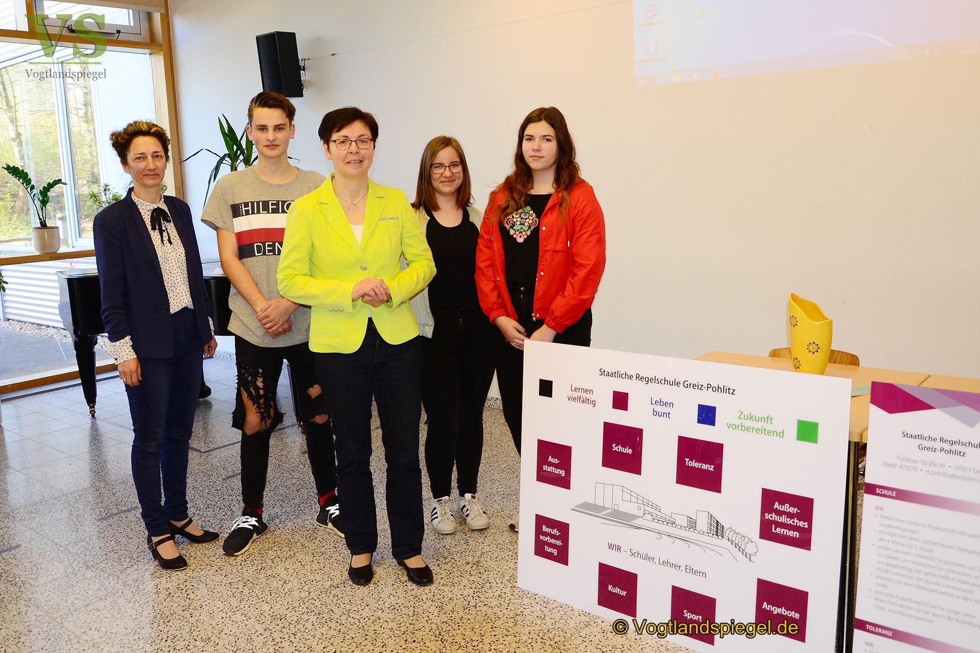 Regelschule Greiz-Pohlitz: Übergabe des Leitbildes