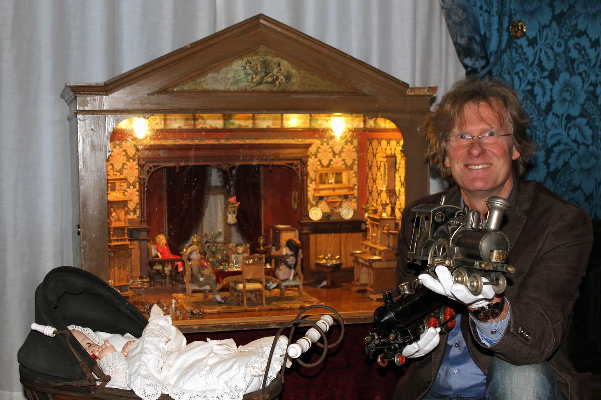 Sonderausstellung im Unteren Schloss Greiz: WOMIT UNSERE URGROßELTERN SPIELTEN