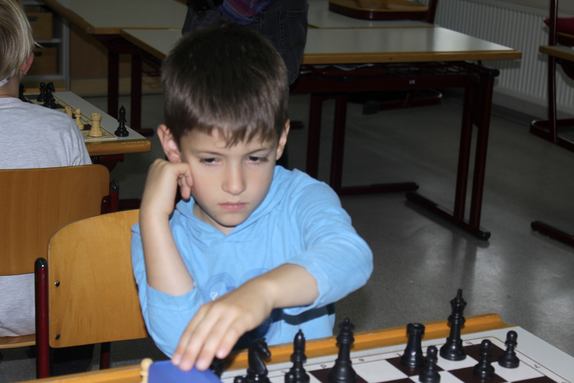 Greizer Schachlöwe Kötöny Kunos gewinnt Schulmeisterschaft 2018/2019 der Lessing-Grundschule