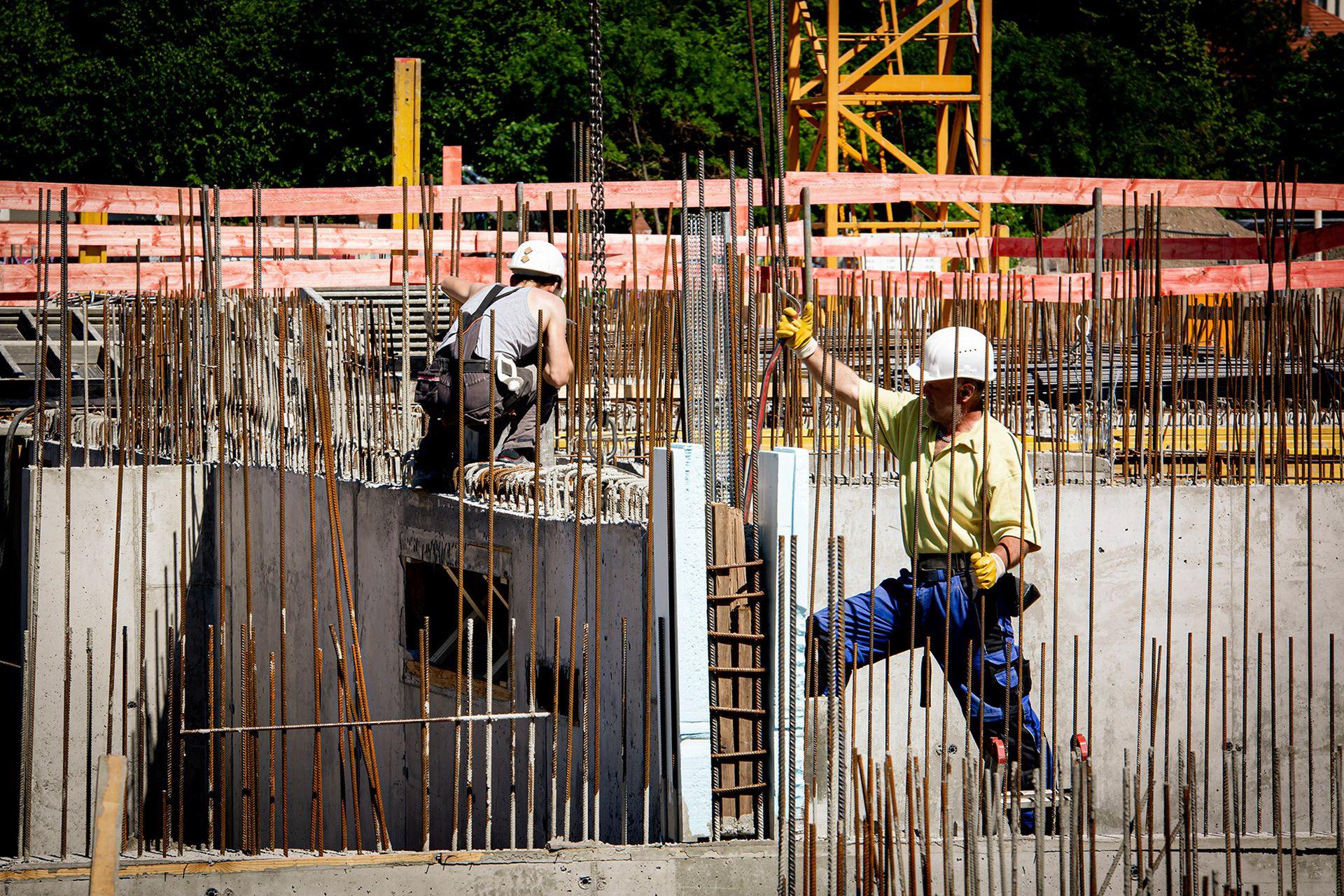 2.000Beschäftigte in der Baubranche | Mindestlohn zum April gestiegen