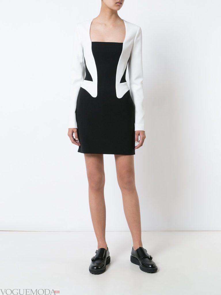 b23da82a40d Стилът на роклята е подобрен до неузнаваемост. Вратът е различен,  разфасовките са дълбоки. Роклята се отнася до обвиващите рокли. Не всички  модели имат ...