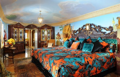 Gianni-Versace-mansion-bedroom