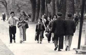 Wood and North Viet interpreter Hanoi March 1973 copy