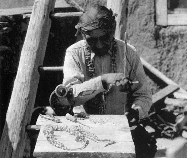 19th c. Zuni beadmaker.