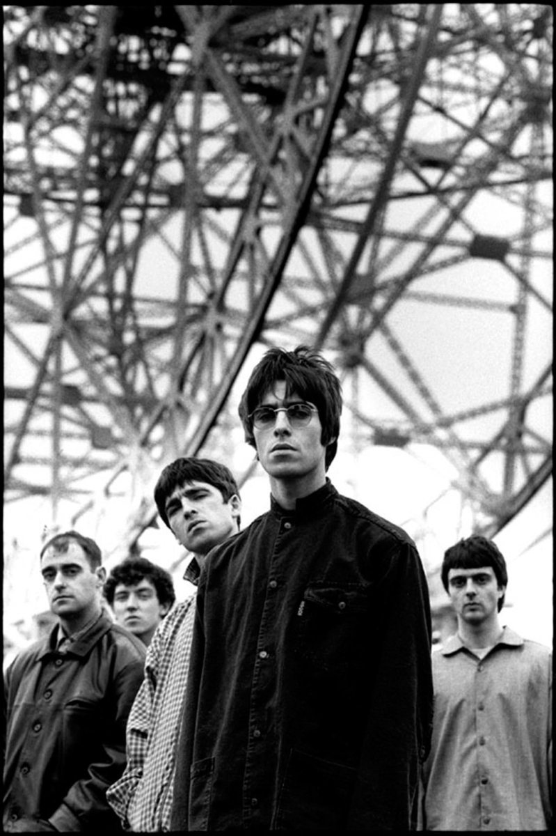 Oasis Champagne Supernova At The 1996 MTV Video Music Awards