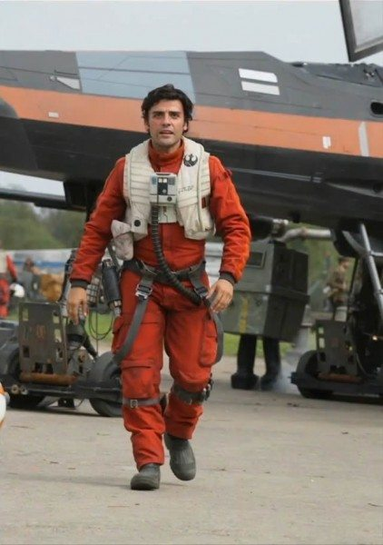 star-wars-7-force-awakens-oscar-isaac-1-422x600