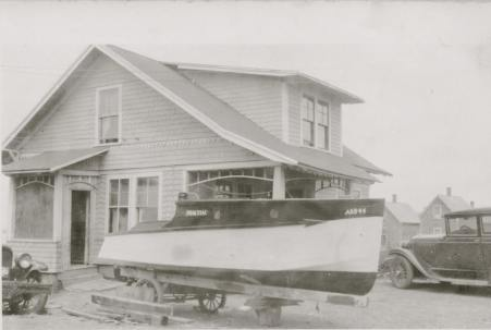 rier-home-boat