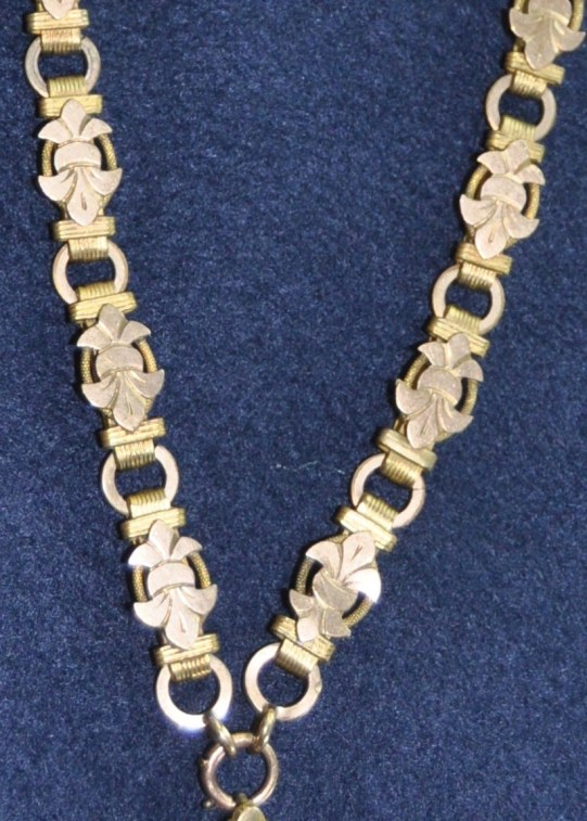 necklace.3