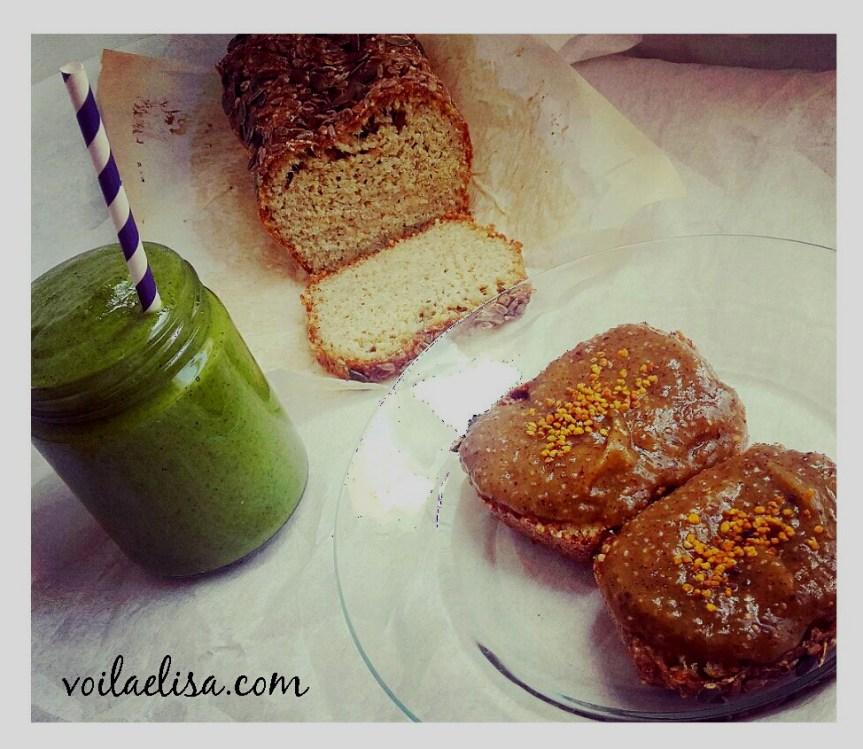 pan-sin-gluten-batido-verde-mermelada-kiwi-desayuno-saludable-semillas-chia-polen