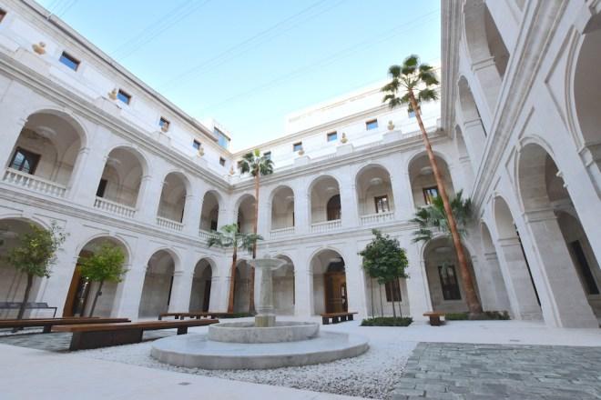 patio aduana museo malaga