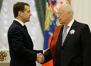 300px-Черномырдин_и_Медведев