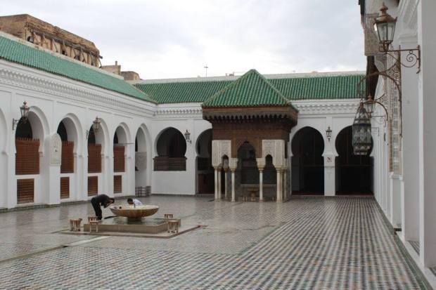 Intérieure de la mosquée Al Qarawiyine