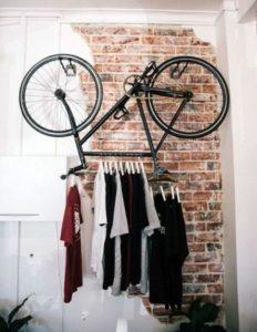 vélo penderie