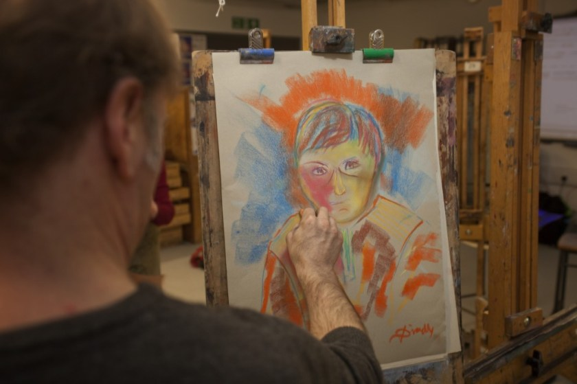 An art class takes place at Westminster Adult Education Service (© Alex Pielak 2013)
