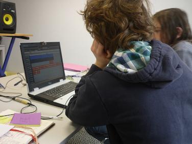 ateliers création musicale- voix et sons du monde