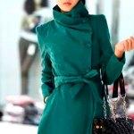 Стильные и модные женские плащи