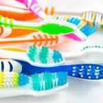 Как выбрать лучшую зубную щетку?