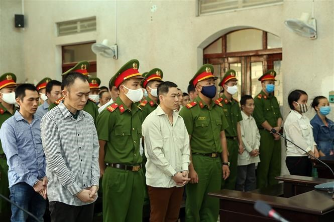 The jury finds that their acts are dangerous to the society and sufficient to form the crimes of acting for the subversion of the people's administration, propaganda against the state of the Socialist Republic of Vietnam, and covering criminals. VNA
