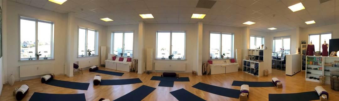 Voksen Yoga - et yogastudio i Frederikshavn