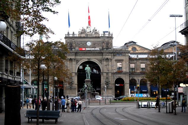 Estación central de Zurich (Suiza) Conexión total