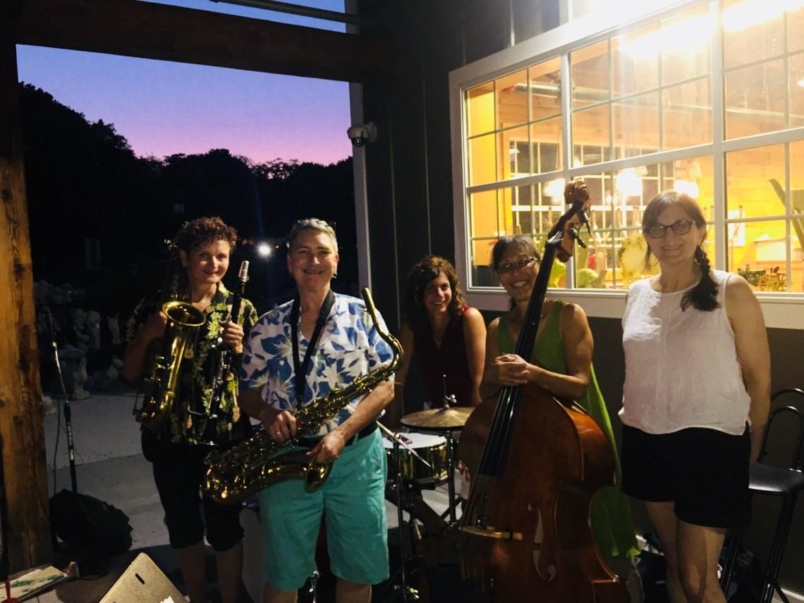 Free Concert: Indigo Q – Volante Farms   Since 1917