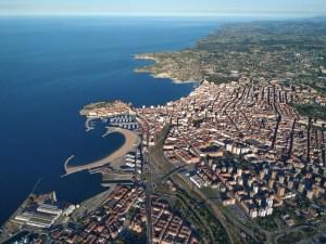 Todo Gijón desde un globo