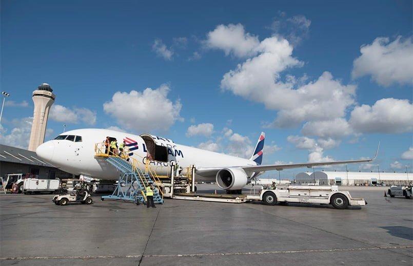 LATAM Cargo mantiene operación internacional hacia Argentina | volavi