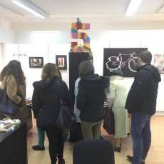 Les étudiants découvrent le travail de Nadir Merkal...