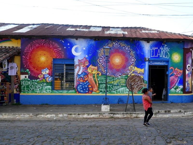 Souvenir shops and art ateliers in Ataco, Ruta de las Flores.