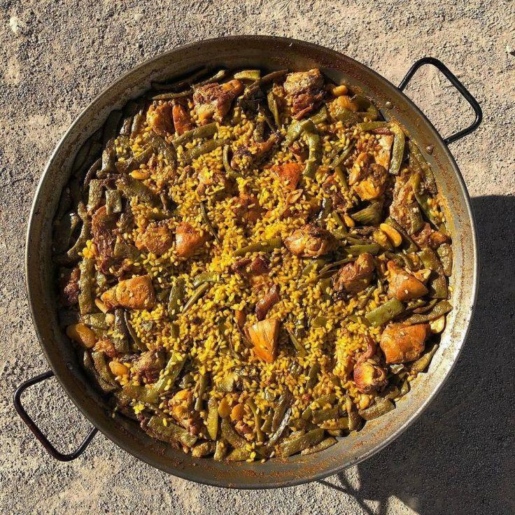 Gastronomía en la comunidad de Valencia. La Paella