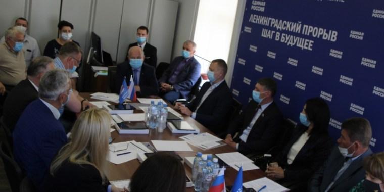 """Руководители депутатских фракций """"Единой России"""" обсудили задачи на ближайшее будущее"""