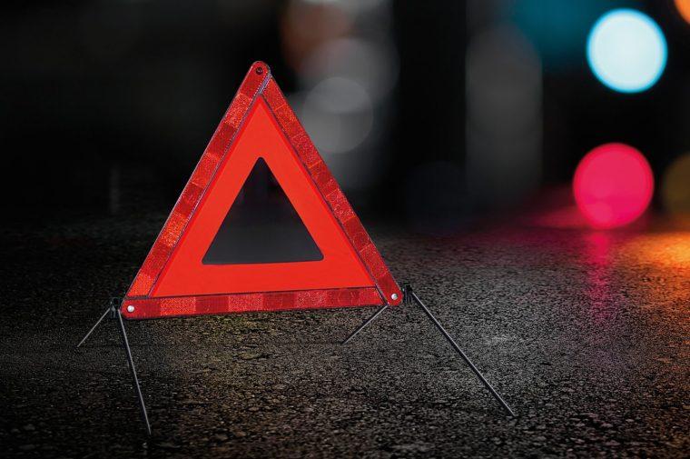 Подросток на мопеде стал жертвой ДТП в Волхове