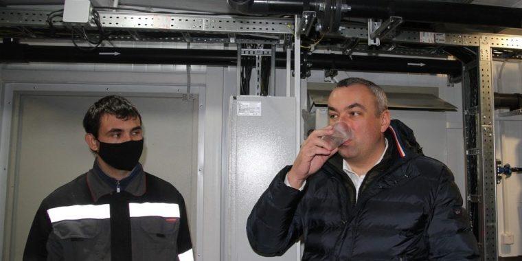 Главы района оценили качество воды в Иссаду