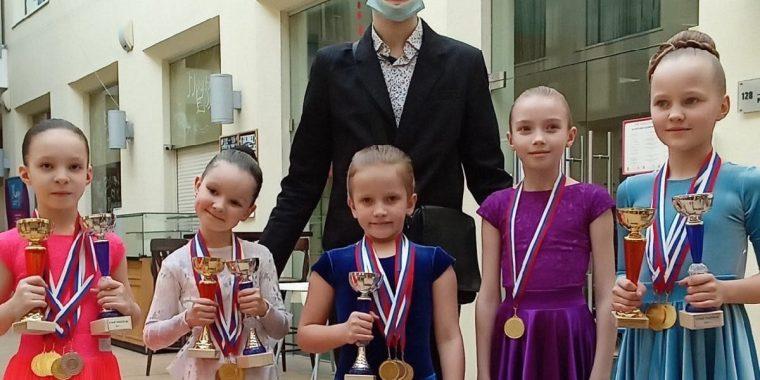 """Юные танцоры """"Алгоритма"""" не устают получать награды"""