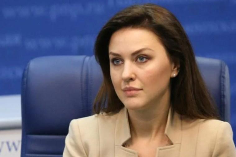 «Единая Россия»: Комплексное развитие сферы образования и мер поддержки учителей — приоритетная задача партии в VIII созыве Госдумы