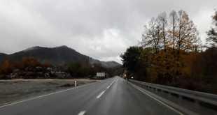 Oprez zbog mokrih puteva i smanjene vidljivosti