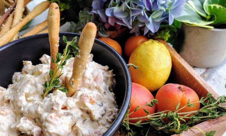 Aprikosen-Frischkäse Dip mit Thymian